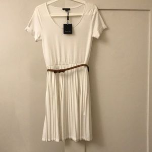Never been worn white cotton dress with belt